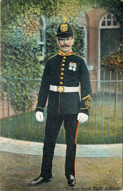 Gunner Royal Field Artillery Great Britain Guard Postcard