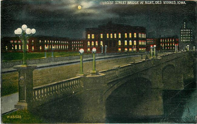Locust Street Bridge at Night, Des Moines, Iowa