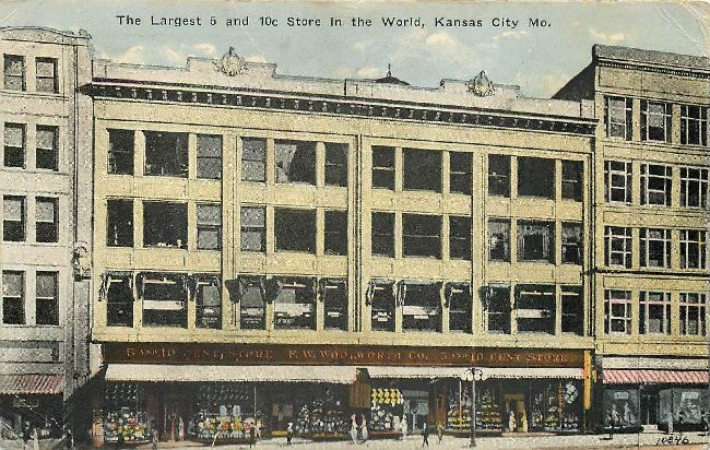 Largest 5 & 10 cent store in WORLD Kansas City M.O. 1923