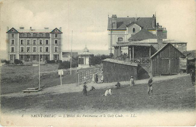 Saint Briac - L'Hotel des Panoramas et le Golf Club Postcard