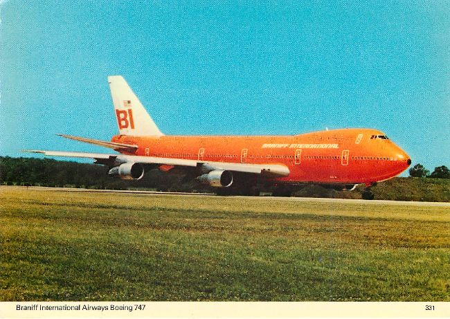 Braniff Airways Boeng 747 Plane Postcard