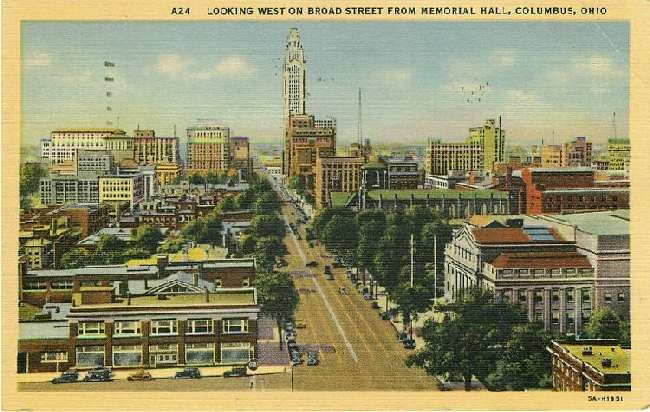 Looking West on Broad Street from Memorial Hall, Columbus, Ohio