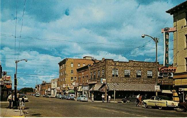Laramie, Wyo. - On U.S. Hiway 30. Grand Ave. Looking West.