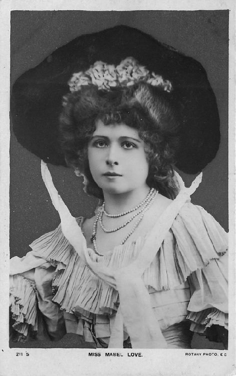 Miss Mabel Love - No. 211 S Postcard
