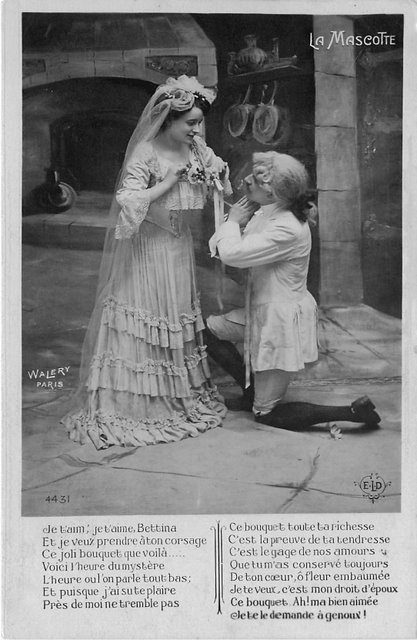 La Mascotte Edwardian Actor Actress Postcard
