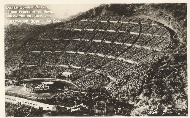 Easter Sunrise Service at the Hollywood Bowl 35,000 people